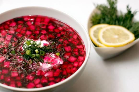 Как приготовить холодный борщ из маринованной и свежей свеклы: 5 пошаговых рецептов