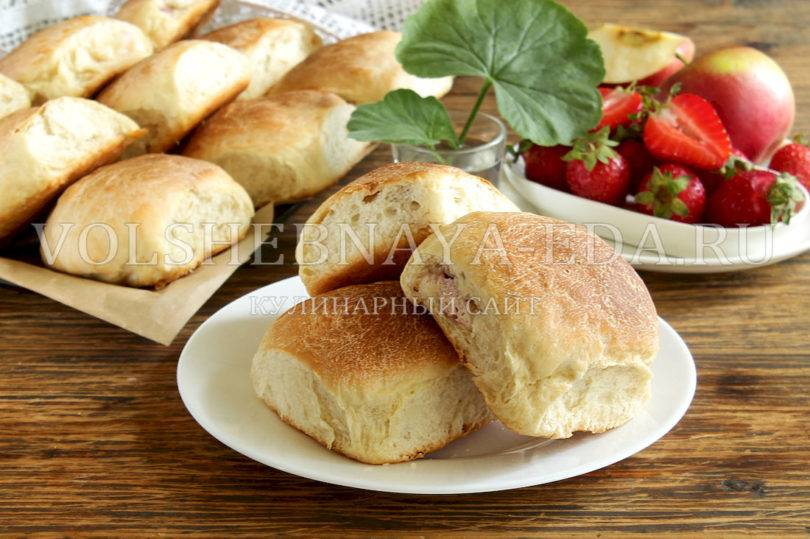Плетеные булочки с мясом