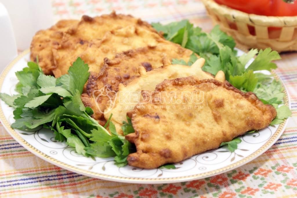 Чебуреки с мясом и рисом
