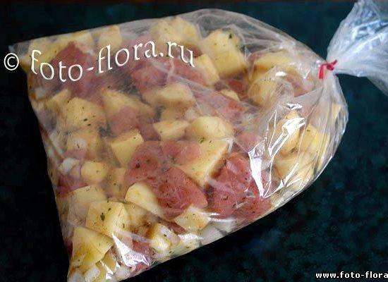 Картошка в микроволновке в мундире в пакете