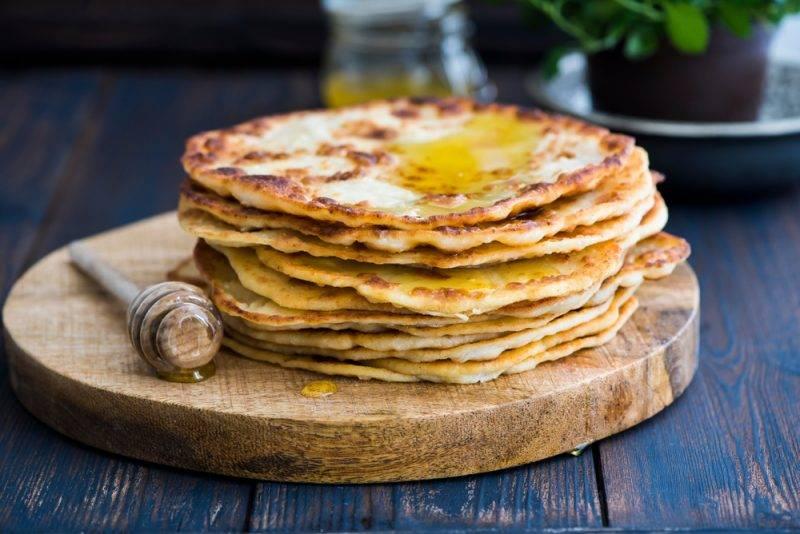Лепёшки на сковороде — 25 рецептов
