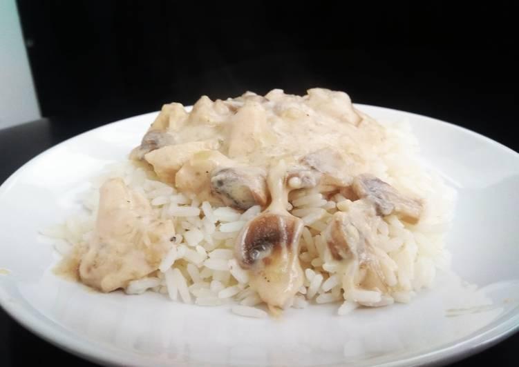 Курица с грибами в сливочном соусе: пошаговые рецепты с фото