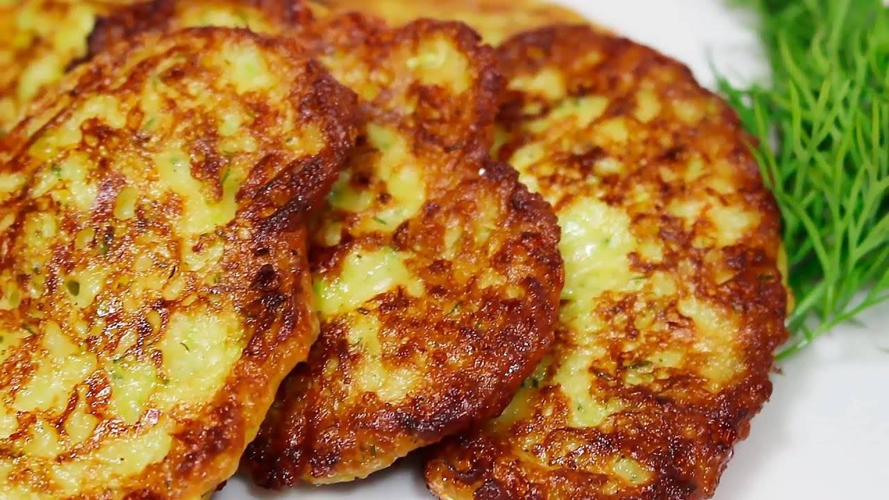 Лепёшки на сметане с сыром и пекинской капустой