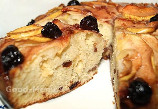 Пирог с вишней на дрожжевом тесте с мёдом. Постный рецепт