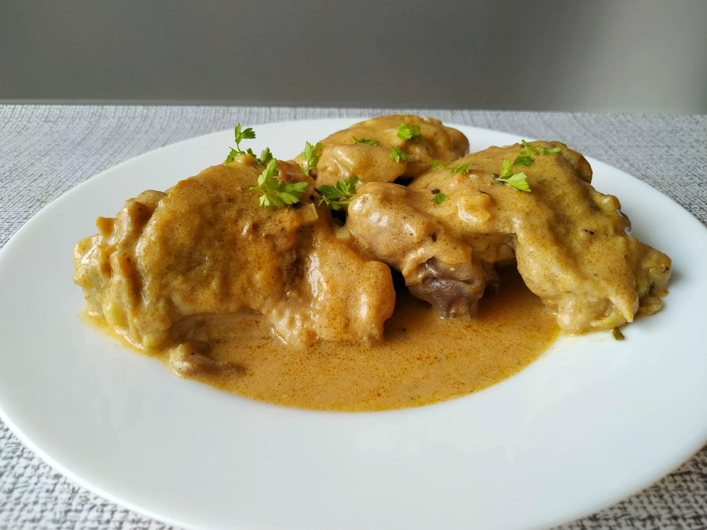 Курица с грибами в сливочном соусе - 55 домашних вкусных рецептов приготовления