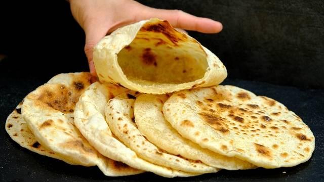 """Арабская лепешка с начинкой """"пита"""""""