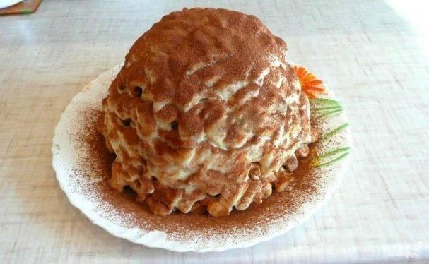Муравейник из сгущенки и печенья без выпечки