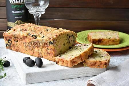 Томатный кекс с ветчиной и маслинами рецепт – выпечка и десерты.