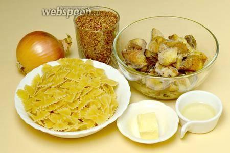 Каша варничкес и курица в молочном соусе