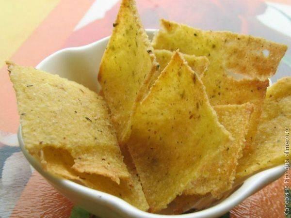 Кукурузные чипсы в духовке