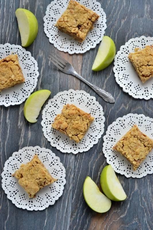 Изумительный яблочный пирог с крамблом