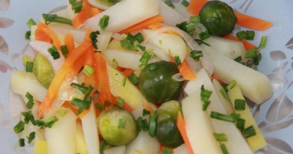 Брюссельская капуста с клюквой – полезный и вкусный гарнир