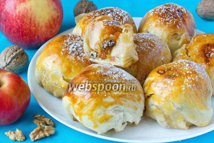 Яблоки, запеченные в тесте