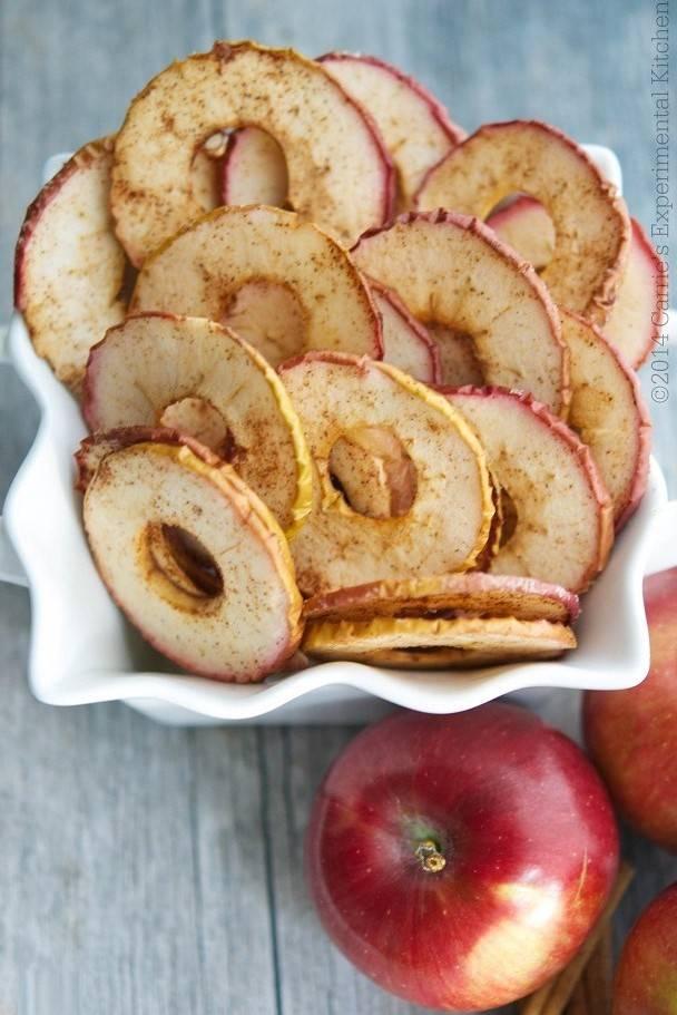 Топ-8 идеальных рецептов чипсов из яблок, которые не купишь в магазине