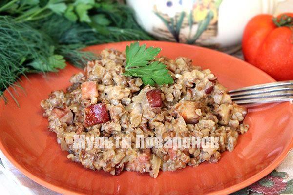 Перец, фаршированный куриной грудкой и грибами
