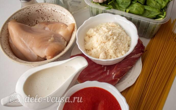 Паста с курицей, томатным соусом и пряностями - рецепты джуренко