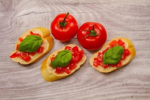 Рецепт брускетты с оливковой пастой пошагово с фото — готовим брускетту вкусно, просто, быстро