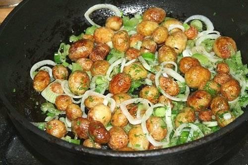 Молодая картошка — 10 лучших рецептов