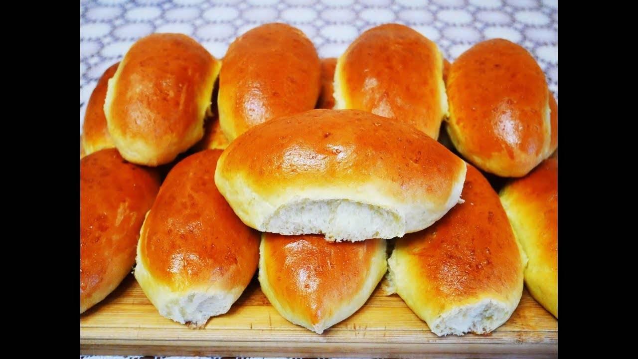 Пирожки с печенью из дрожжевого, кефирного, слоеного теста - рецепты на сковороде и в духовке