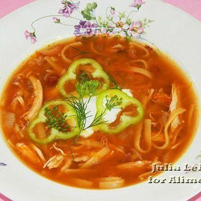 Куриный суп с лапшой и овощами