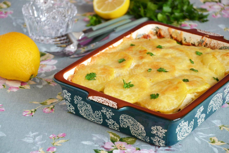 Картофельная запеканка с курицей и сыром (по-французски)