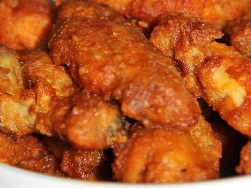 Крылышки в соусе — очень вкусно с картофельным пюре - рецепты джуренко