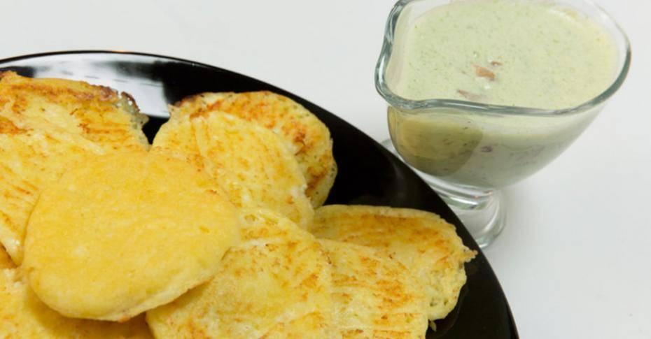 Лепешки из кукурузной муки на сковороде и в духовке: рецепты