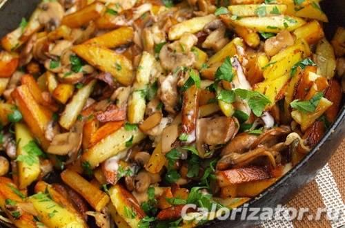 Как приготовить сушеные белые грибы с картошкой: рецепты блюд в тушеном и жареном виде