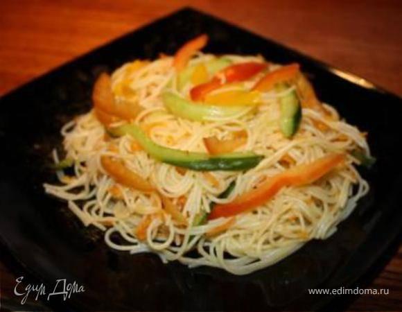 Салат фунчоза с овощами: 9 ярких рецептов