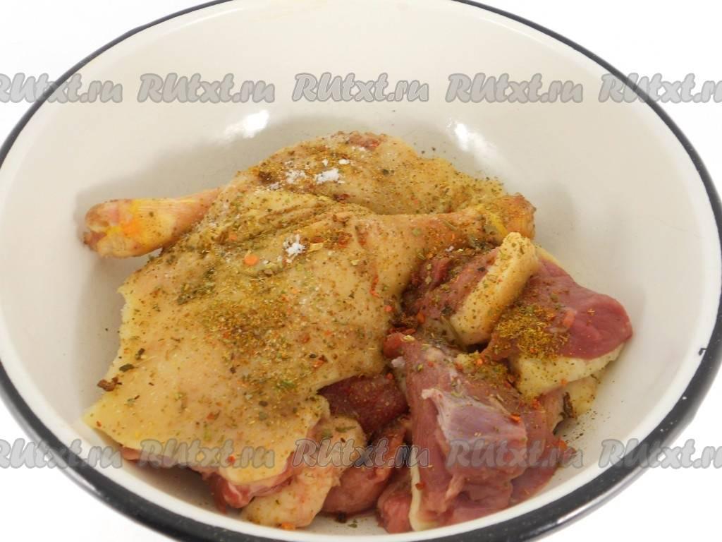 Картофель жареный в духовке с ароматом утки и чеснока
