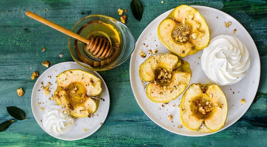 Печёные яблоки в микроволновке: быстро, вкусно, с пользой