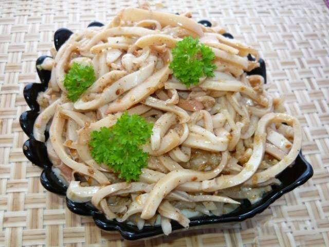Кальмары по-корейски - самые простые рецепты приготовления с морковью, овощами, соевым соусом
