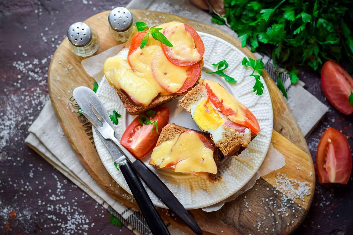 Яичница болтунья на завтрак