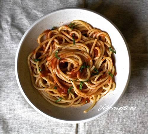 Соус из помидоров для спагетти — легко и просто!