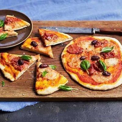 Острая пицца с фрикадельками