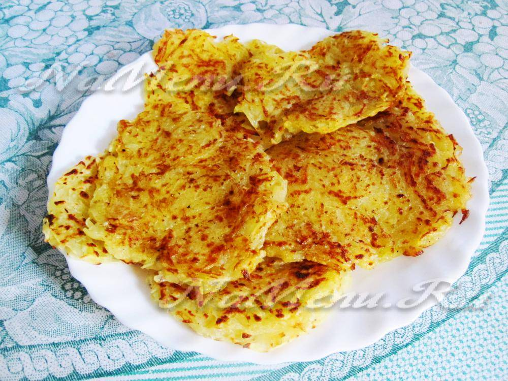 Постные картофельные драники без яиц с луком, грибами и кабачками - рецепты в духовке и на сковороде