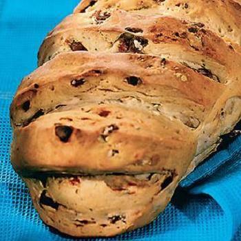 Сладкий финиковый хлеб