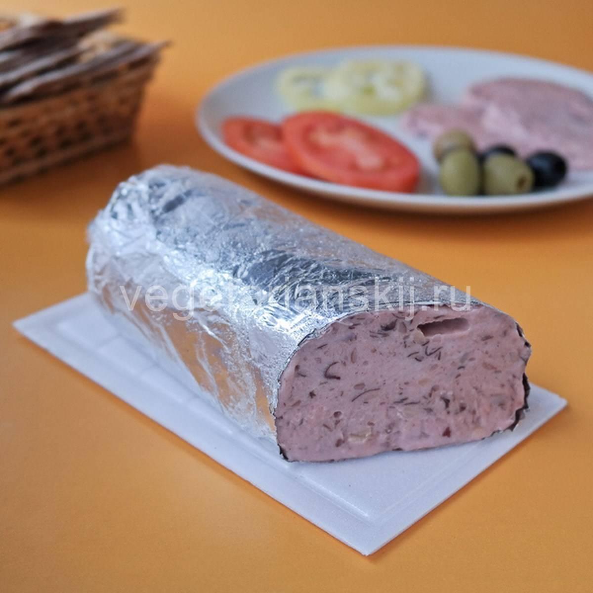 Как приготовить колбасу в домашних условиях