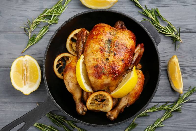 Курица, запеченная в апельсиново-медовом маринаде