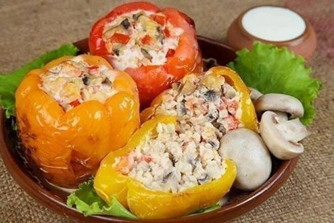 Как приготовить фаршированный перец вкусно с мясом и рисом