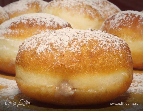 Сладкие жареные пончики