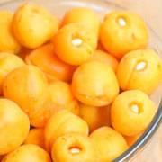 Варенье из урюка рецепт на зиму. королевский рецепт варенья из абрикосов с миндалем и лимоном (с целыми ягодами)