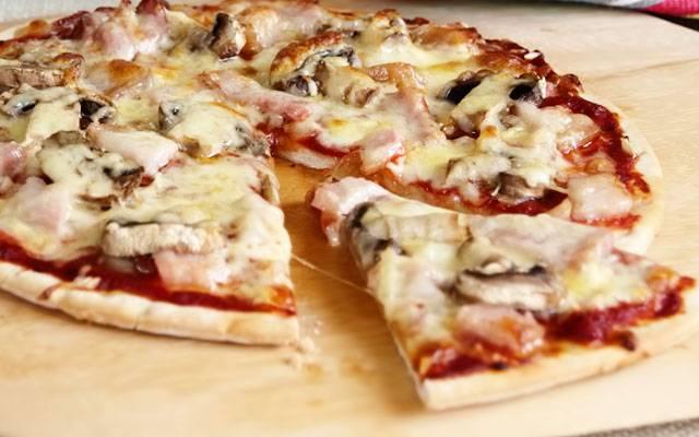 Как приготовить пиццу из лаваша по пошаговому рецепту с фото