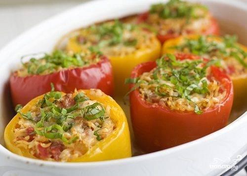Болгарский перец, фаршированный мясом и рисом - 12 пошаговых фото в рецепте