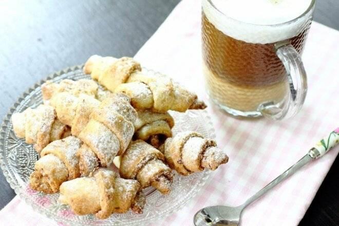 Творожные рогалики с корицей и сахаром рецепт с фото