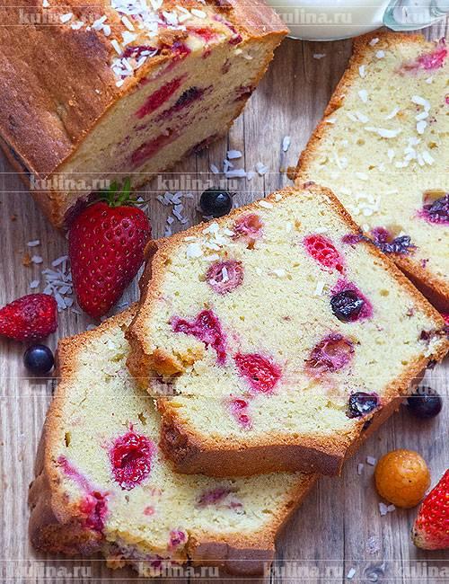 Кукурузные маффины с ягодами