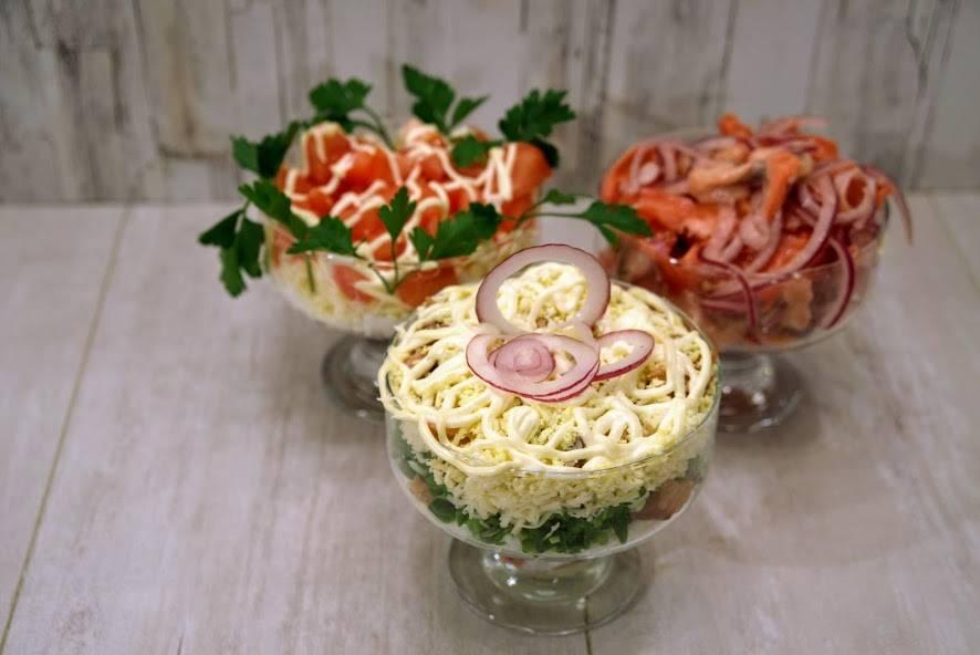 Салат с рыбой горячего копчения и картофелем - 12 пошаговых фото в рецепте