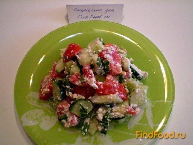 Салат из творога и овощей
