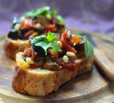 Брускетта с печеными овощами и сливочным сыром - рецепт с фотографиями - patee. рецепты