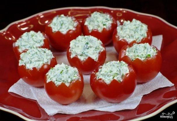 Фаршированные помидоры на закуску